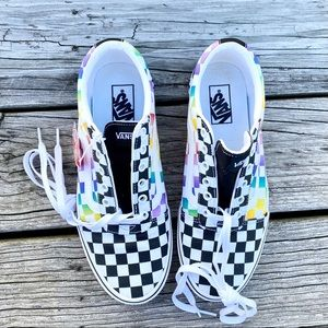 Vans Ward Rainbow Check Low Top Lace Up Shoes